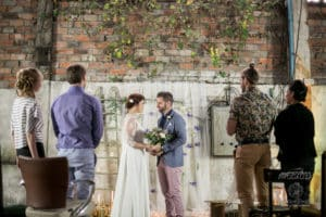 garage-moderne-bordeaux-industriel-wedding-planner-mcreationevents-vintage-florale-mariage-shooting14