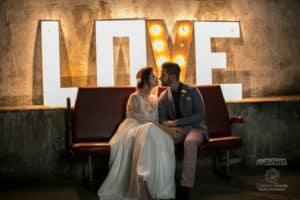 garage-moderne-bordeaux-industriel-wedding-planner-mcreationevents-vintage-florale-mariage-shooting19
