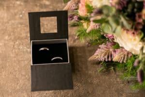 garage-moderne-bordeaux-industriel-wedding-planner-mcreationevents-vintage-florale-mariage-shooting6